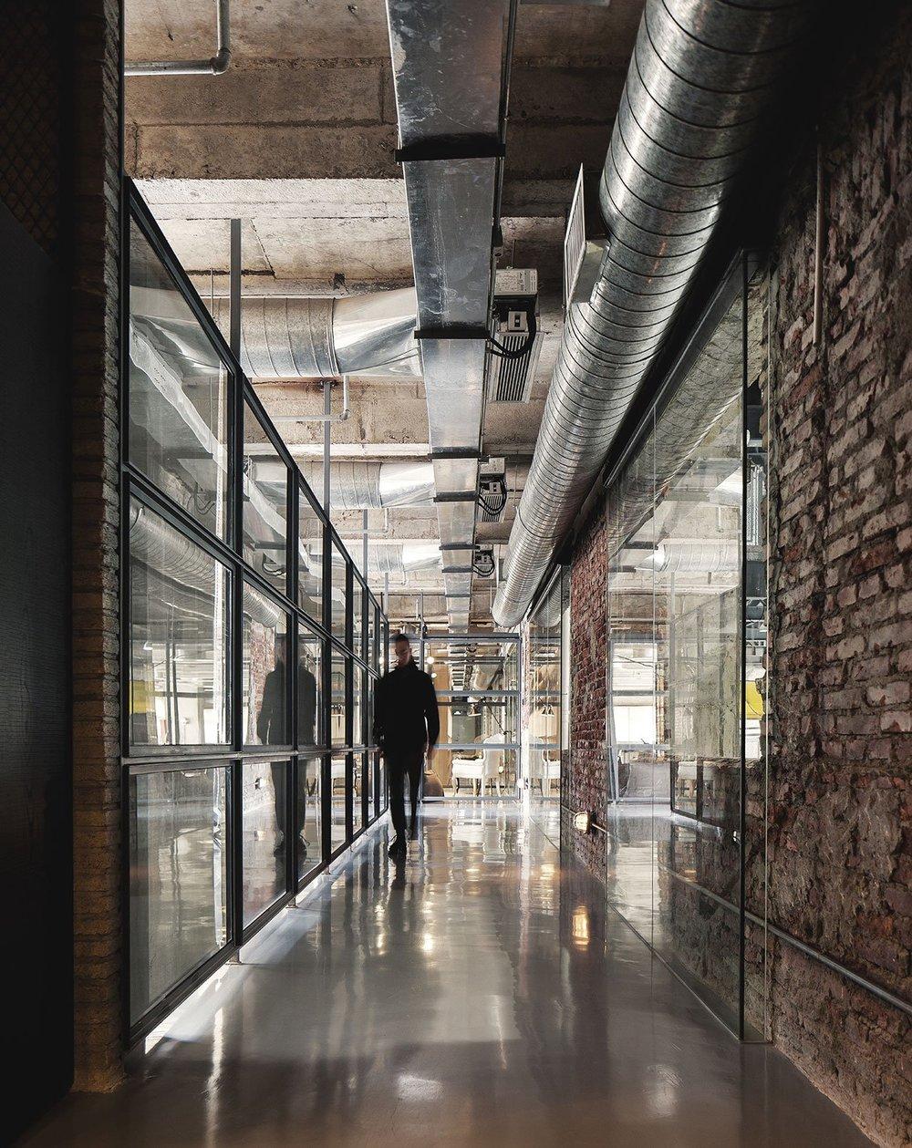 FlaHalo-Office-Manufactory-3.jpeg