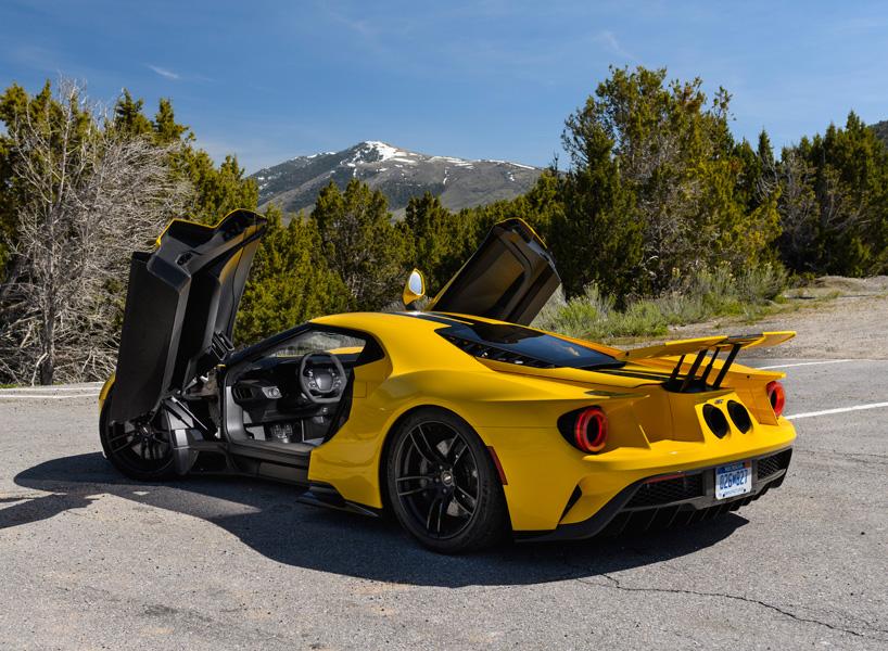 ford-GT-supercar-1.jpg