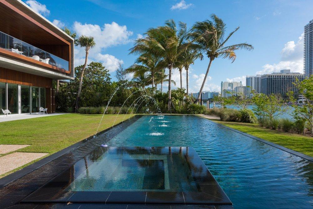 ome-swimmable-lagoon-4.jpg