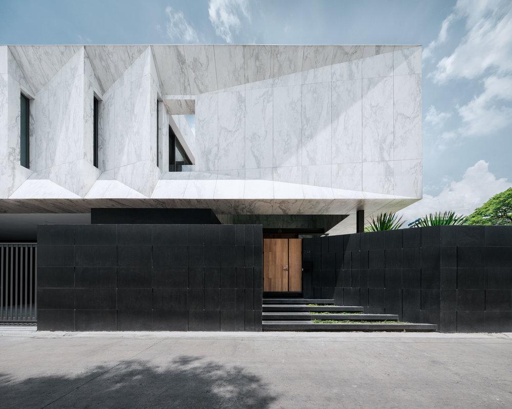 Marble-House-1.jpg