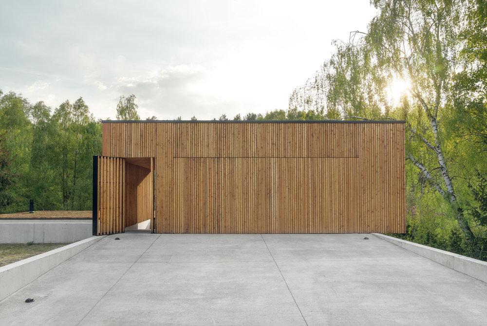 House-JRv2-2.jpg