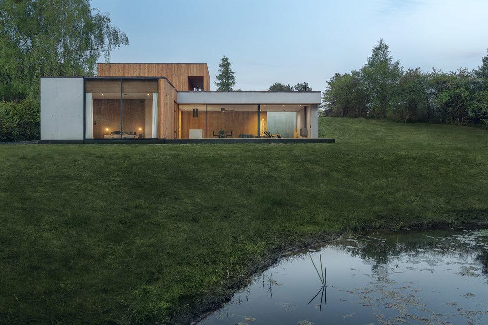 House-JRv2-1.jpg