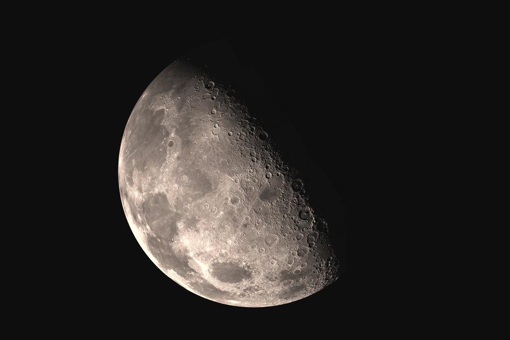 Nasa - Moon.jpg