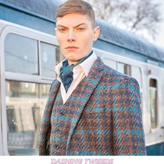Dashing Tweeds @dashingtweeds has published a short story about us over at their blog! Go to their profile and site and read all about it :) #dashingtweeds #conductoroflight #collaboration #tweed #tweeds #reflectivetweed #menstailoring #menswear #fashion #luxuryaccessories #luxuryshopping #lumatwill
