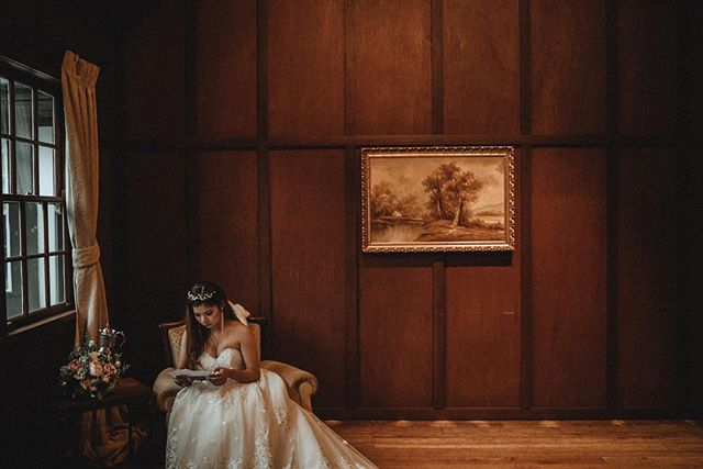 #loveletter #melbournefineartphotographer #marybrookemanorweddings #melbournebride #australiaweddingphotographer #dandenongrangeswedding