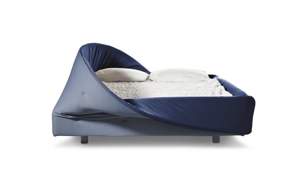 LAGO_Colletto Bed_2.jpg
