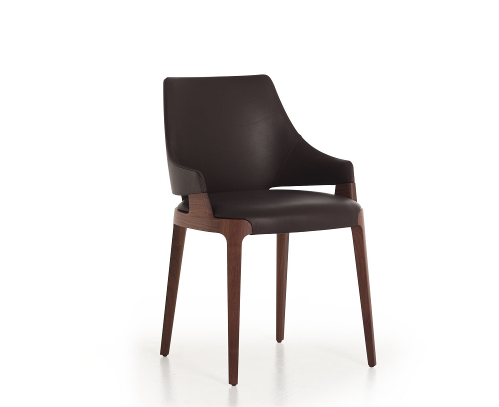 Potoco_Velis_Chair_2.jpg