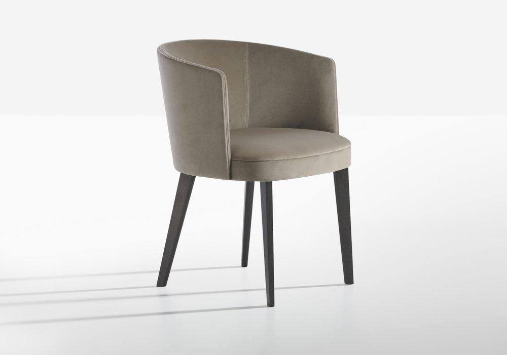Potocco-LENA-armchair-Gabriele e Oscar Buratti.jpg
