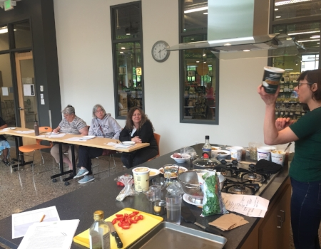 May 2017's Grain Bowls Class at Mississippi Market