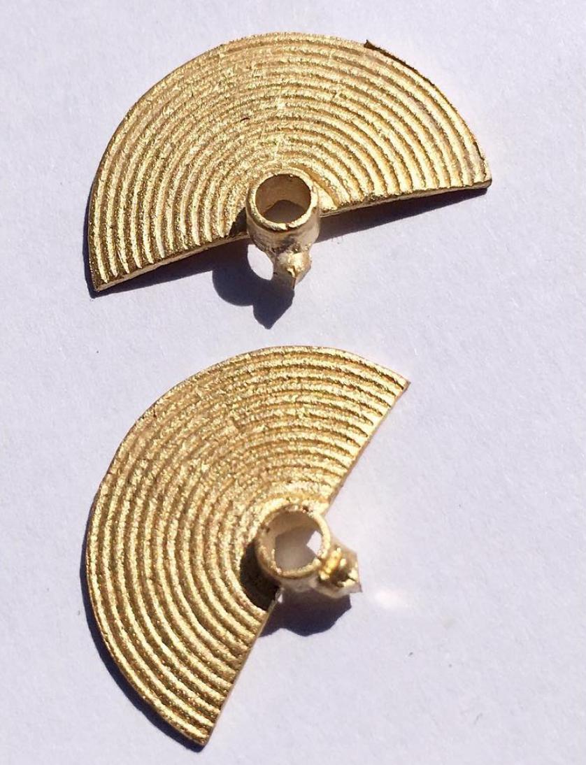 Rokus Half Moon Earrings