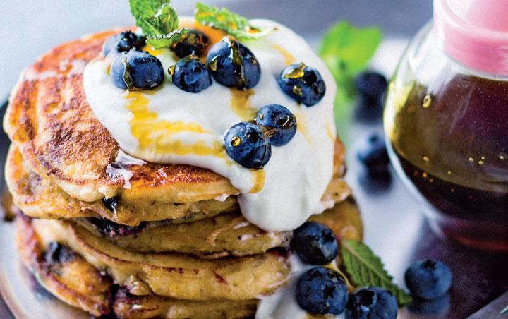 blueberry-and-ricotta-flapjacks.jpg