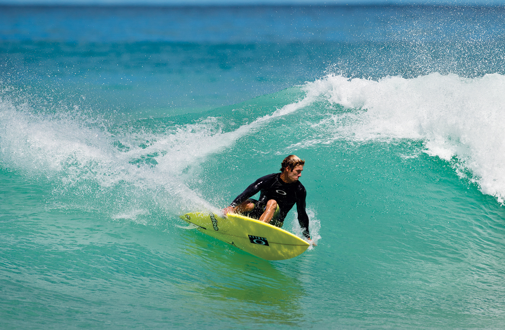 Team Rider Eric Geiselman - Single Fin Carve