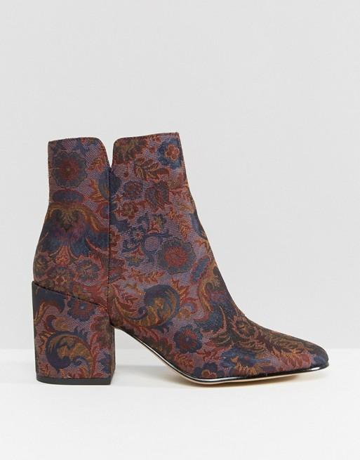 Floral boots.jpeg