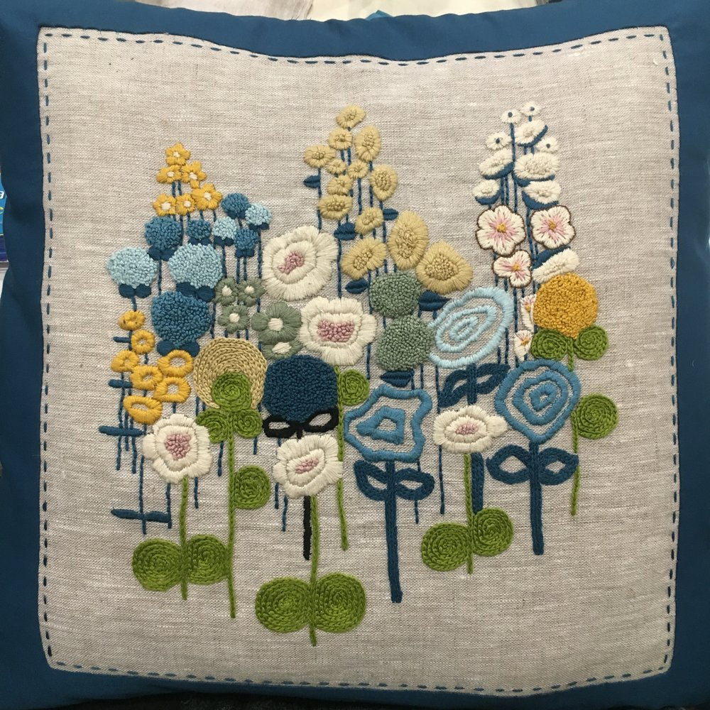 contemporary floral embroidery using french knots