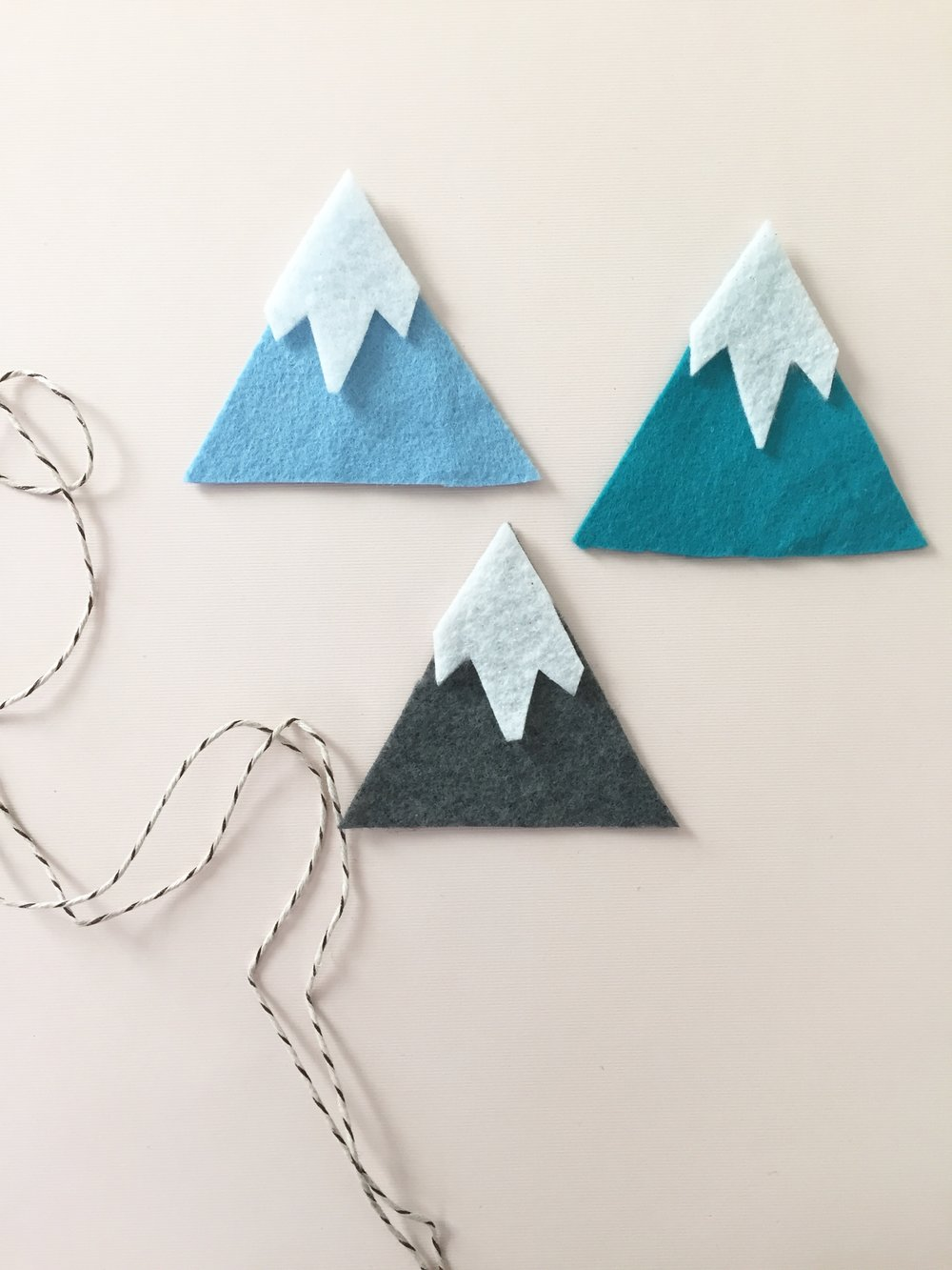 DIY Snowy Mountain Garland 5