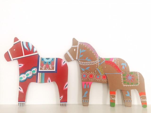 DIY Cardboard Dala Horse 14