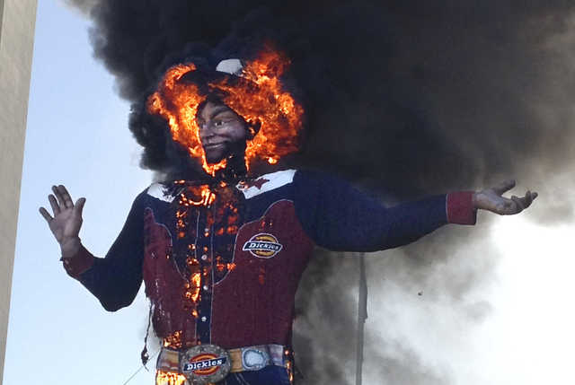 Big Tex in big flames in October 2012 in Dallas County, http://dailynewsdig.com/wp-content/uploads/2012/10/big-tex-in-flames.jpeg