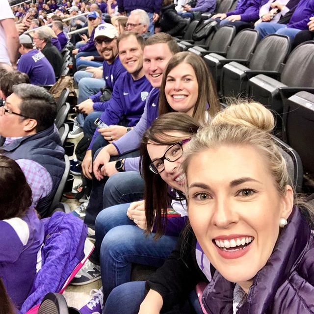 Cheering on our cats at the @sprintcenter #kstategameday #gostate