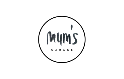 logo mums garage 1.png