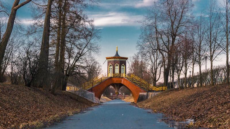 Krestovy Bridge