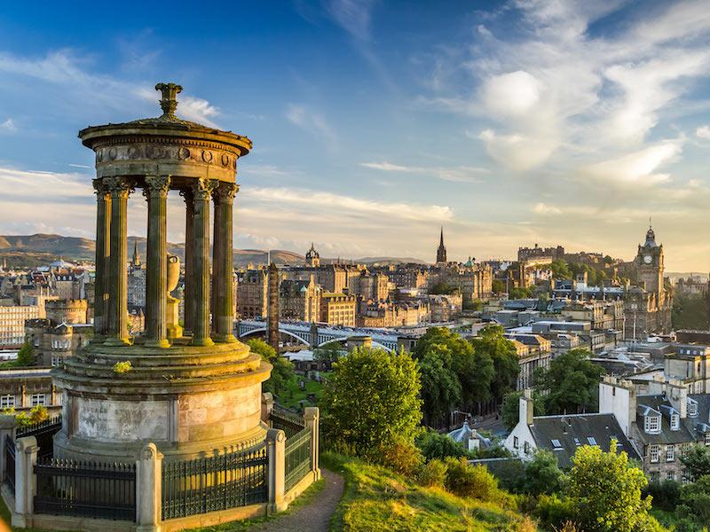 paket tour skotlandia