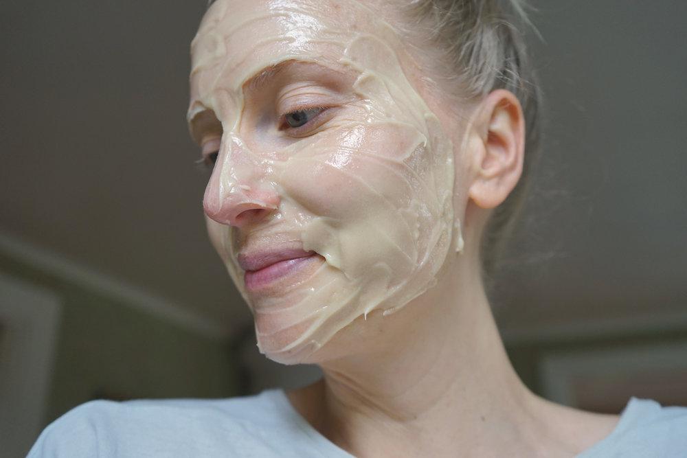 hudvardsverkstan-ansiktsmask-honung-havre-yoghurt.jpg