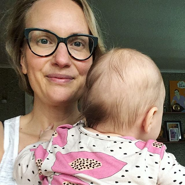 "Hey folks! I was planning on making a ""1000 followers!"" graphic with some pretty colors and sexy balm textures for you, but this mega baby ⬆️ and her five-year-old sister don't really allow for a lot of time behind the camera and on my computer, so here's just a quick selfie instead!  I want to say ❤️ THANK YOU for following ❤️ and give you some more background info so you know what this account is all about. We'll see how many followers this post costs me though, ha ha! 🙈  So obviously my name is Anna 🙃 and I live on an island in southern Sweden. My day job is in advertising but right now I'm on parental leave with my second daughter Esther (showing off her bald spot in the picture), almost 4 months.  I started making my own skincare when I was pregnant with my first baby and freaked out about ""toxic"" ingredients. Luckily, I also really love science so I did a lot of research and found out that, in reality, there are very few ingredients we have to worry about (espec in the EU). So these days I'm actually pissed off both with the mainstream beauty industry for feeding off unhealthy ideals for women AND a lot of green indie brands for blatantly lying about the negative effects of ""synthetic"" ingredients. What can a girl do? DIY of course!  Also: cudos to those of you who work really, really hard to create a sustainable beauty business without exploiting fear to make money. I'm looking at brands like @bareoriginskin @apothakaskincare @farmhouseherbal and @palermobody. Please add to this list in comments! Let's call it ""the free-from-fear mongering sustainable beauty brands list"" 🤓  Stay put for more DIY (mostly) natural skincare with a sciency twist, and never hesitate to correct me if I've gotten something wrong. I look forward to keep learning from you. Now help me out with that list 😘💚⬇️"