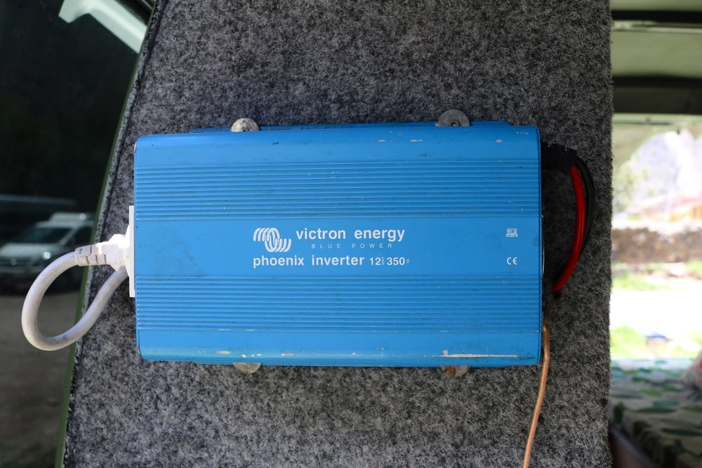 mitsubishi delica campervan converison inverter second battery