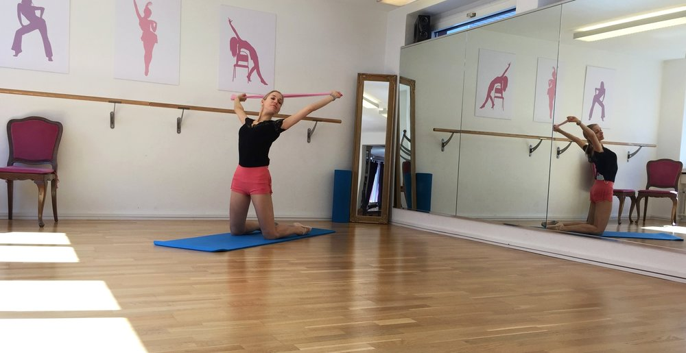 ballet-body-sculpture-flexibility-classes