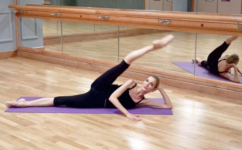 ballet-body-sculpture-stretching-flexibility