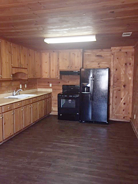 kitchen 258.jpg