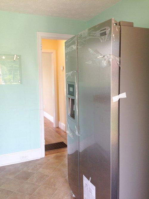 kitchen+frige.jpg