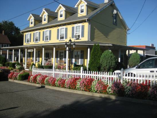 Old Bermuda Inn Staten Island Bed And Breakfast