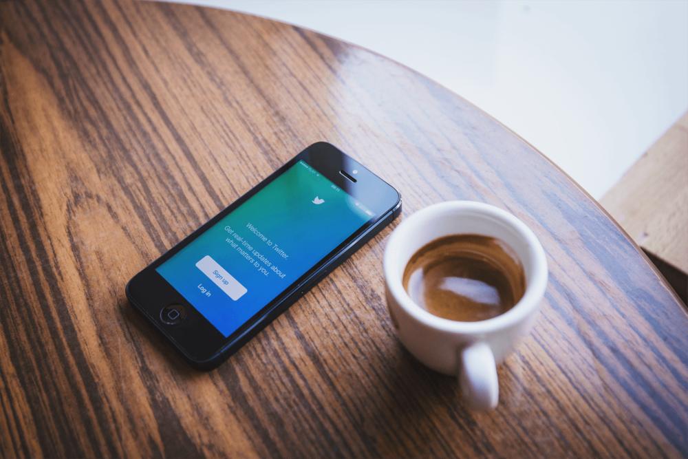 Setting up your B2B Twitter Halston Marketing