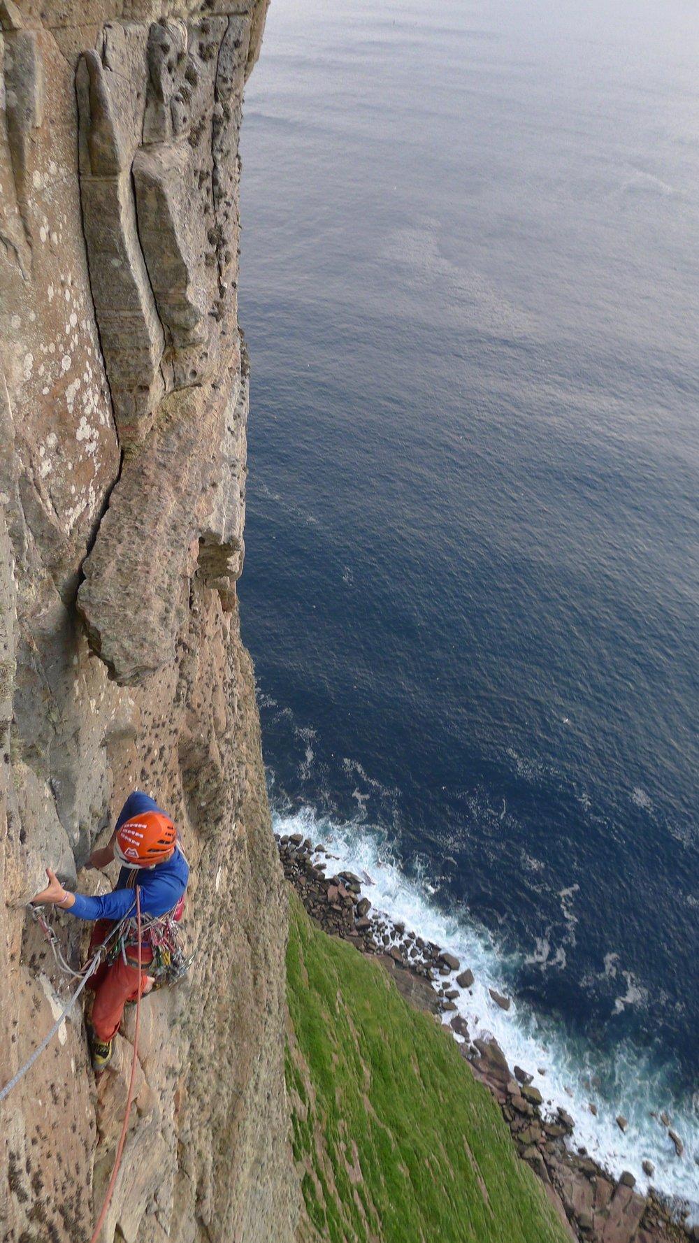 the long hope route (E7 6c), hoy. scotland. photo: tony stone