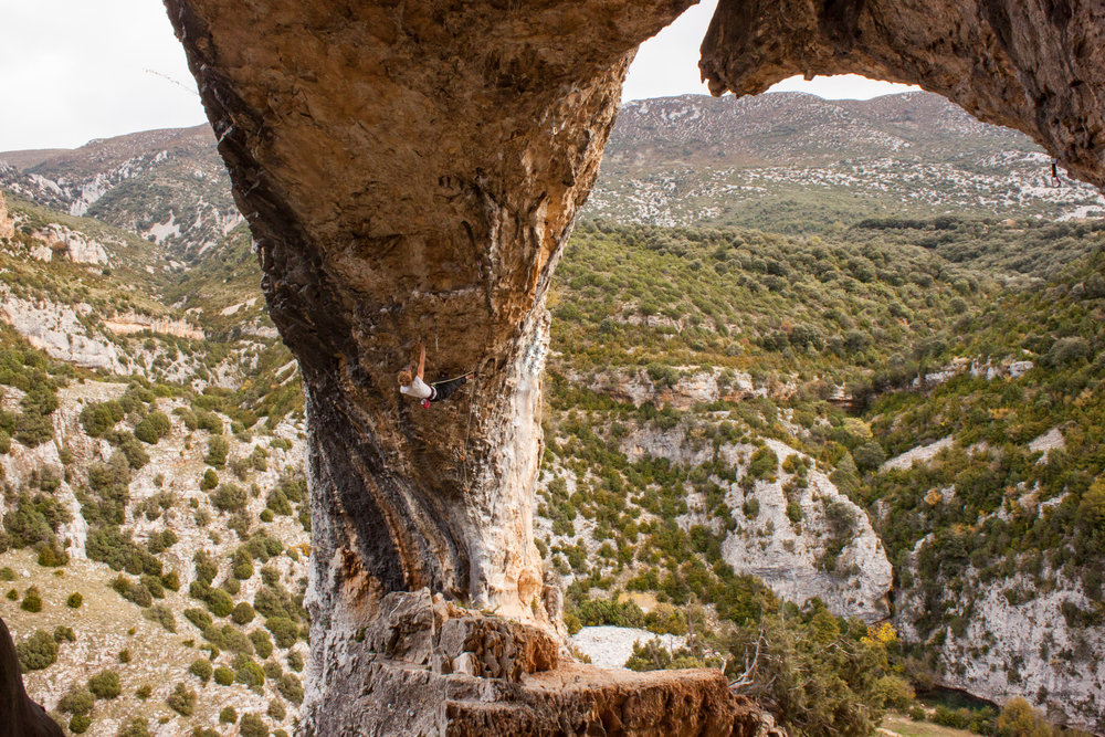 el delfin (7c+), rodellar. spain. photo: rachel slater.