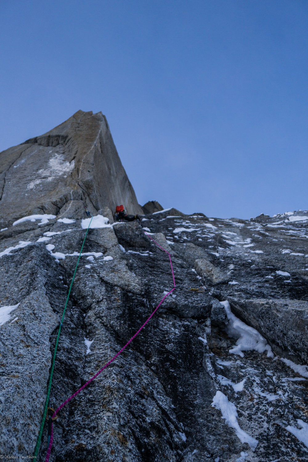 climbing the prow pitch on the moonflower. photo: uisdean hawthorn