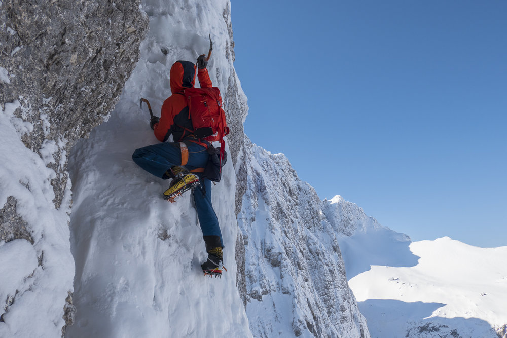 travnik/šite couloir, julian alps, slovenia. photo: ales cesen