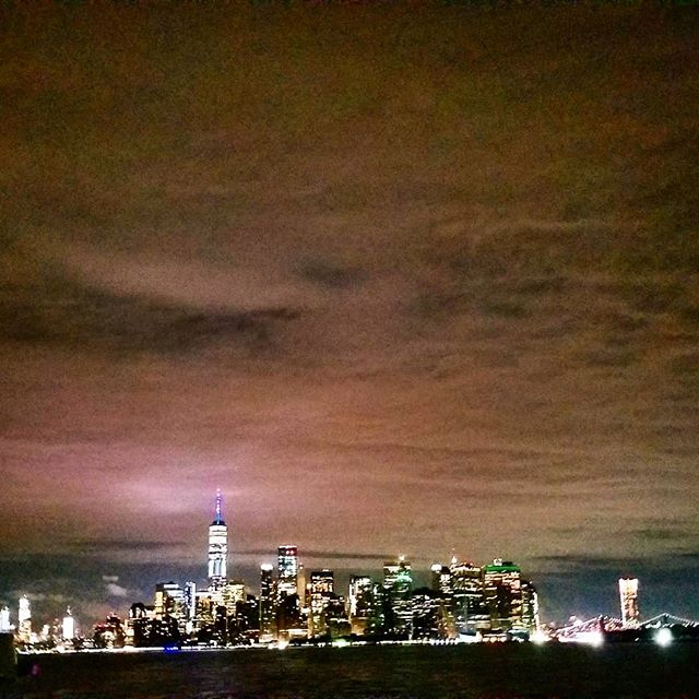 The #city that never sleeps || #Mountain Views || #NYC #MANHATTAN #FREEDOMTOWER #NIGHT #SKY