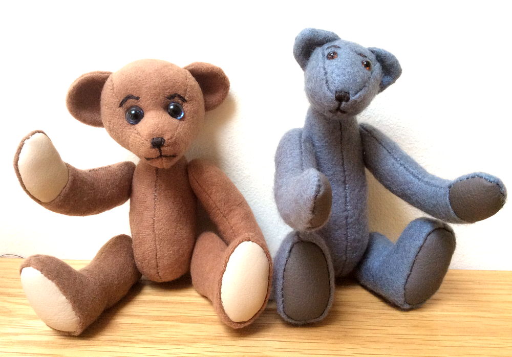 Traditional jointed teddy bears