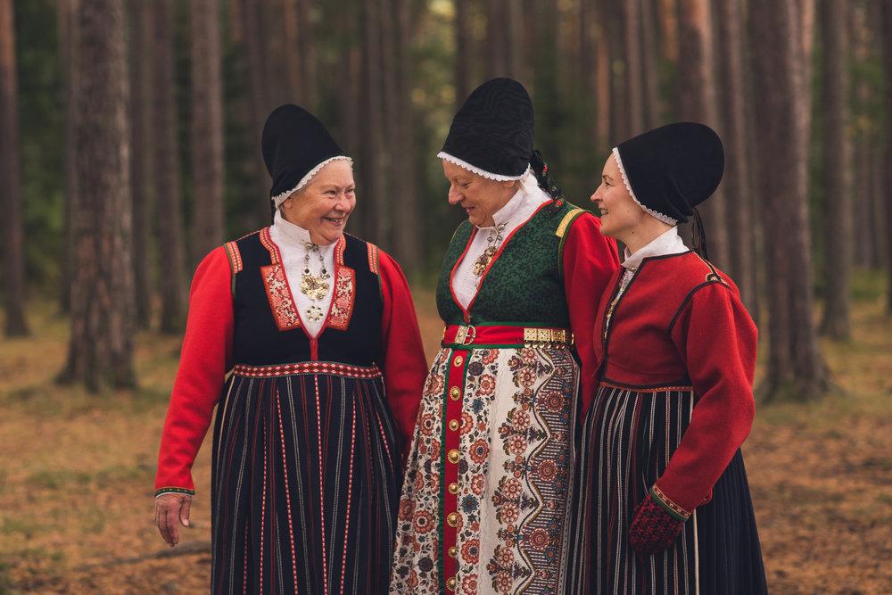 Bunad_Anne_Marte_Før-5706.jpg