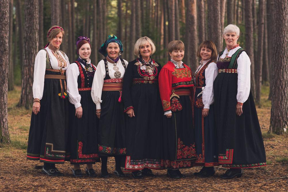 Bunad_Anne_Marte_Før-5574.jpg
