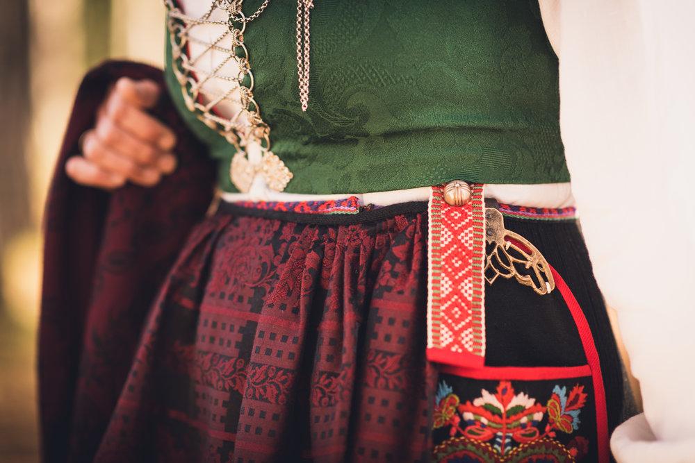 Bunad_Anne_Marte_Før-5436.jpg