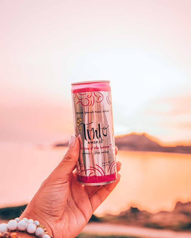 Today we were featured in @forbes : ✔️#1 best-selling canned wine product in @pavilions ✔️Will be rolling out into 300+ Albertsons, Vons and Pavilions ✔️Share 5% of sales with @secondharvestfoodbankoc and @lafoodbank - 48,938 meals ... Swipe right to see the feature ➡️