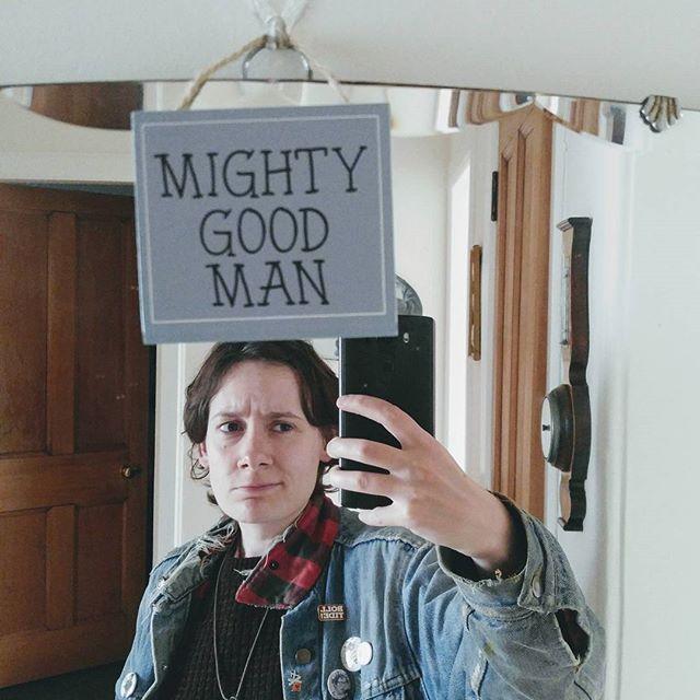 Agree to diagree, mirror. #mightygoodman #notadude #brah #lesbian #dykeseverywhere #mirror #dontjudgeme #etc