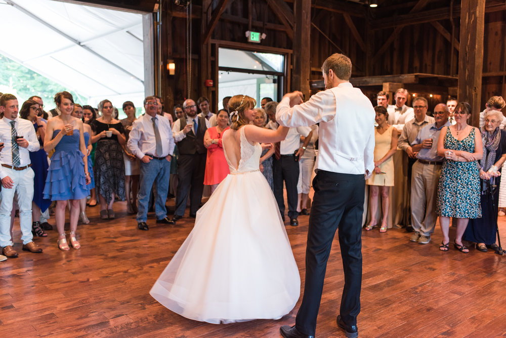 Pittsburgh Wedding Planner Bride and groom