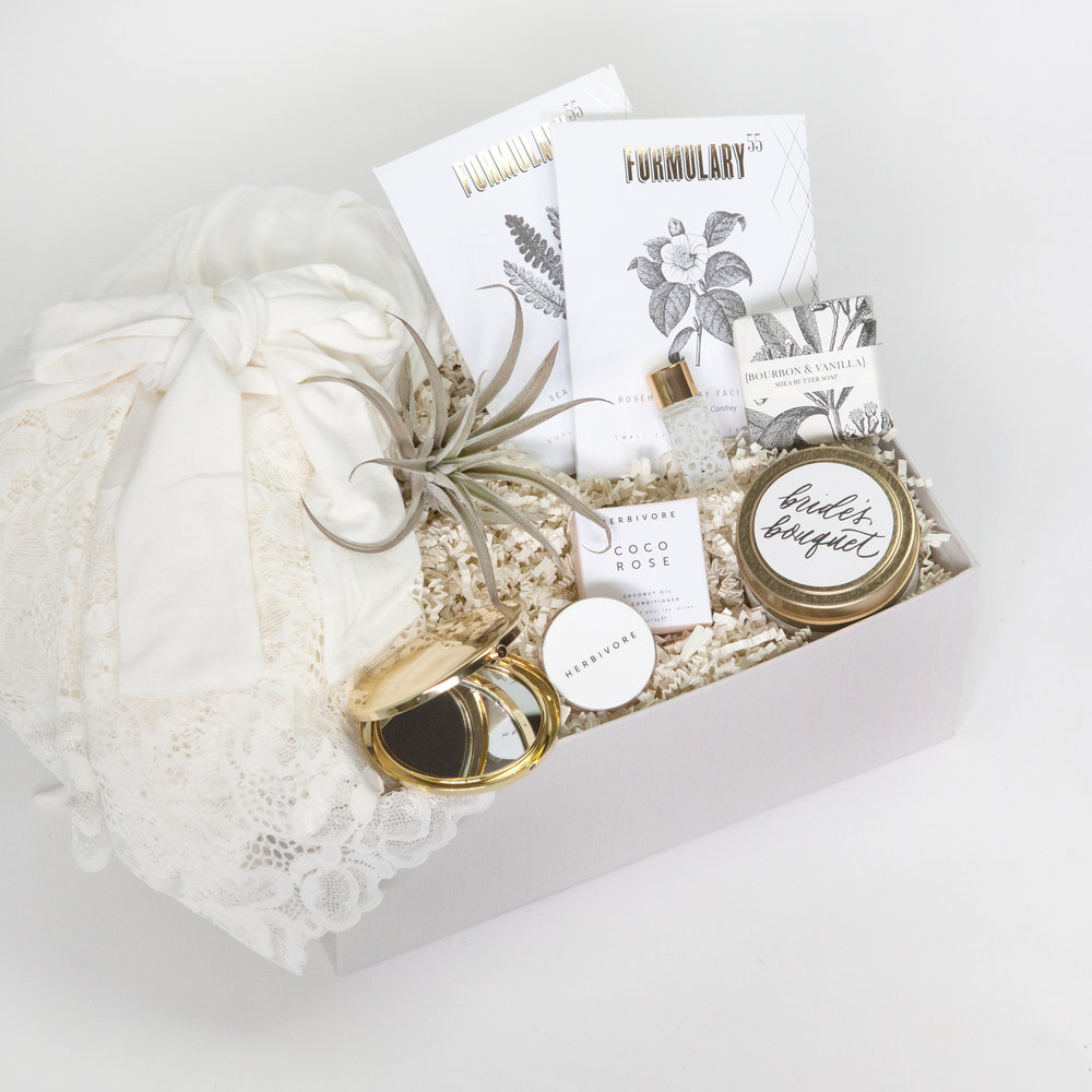 Customized Bridesmaid Gift Box