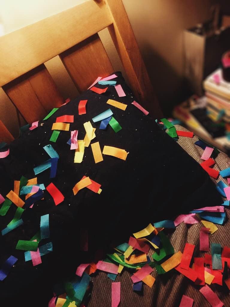 30th birthday confetti celebrations