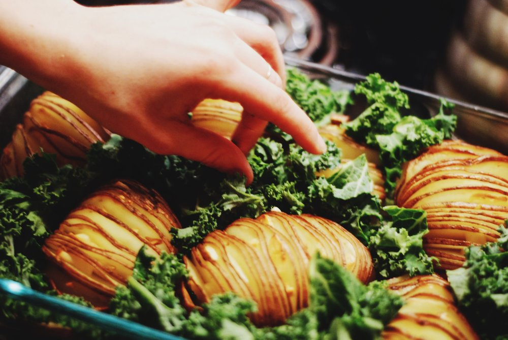Early Spring dinner - Green Kitchen Hasselback Potatoes