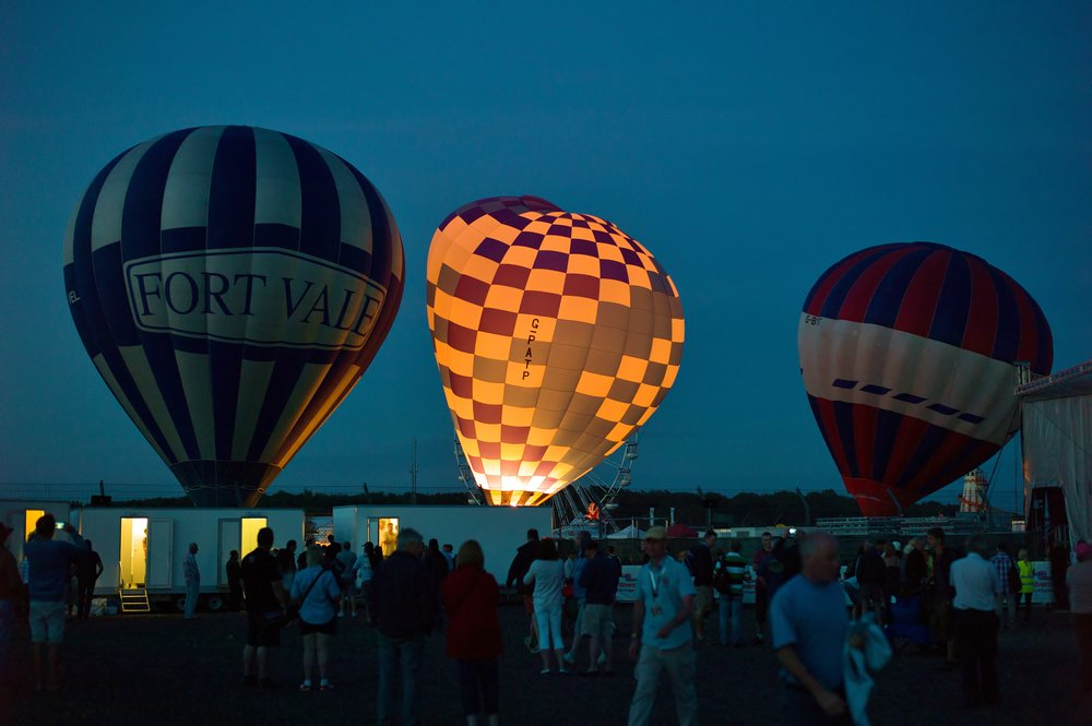 Balloon flights at Silvertsone Classic car races
